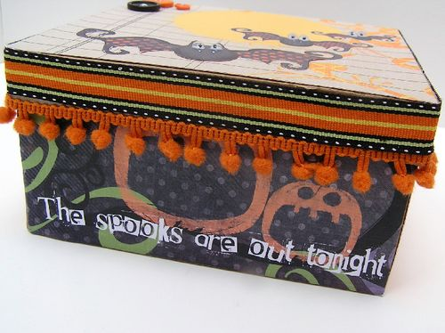 Halloween box side