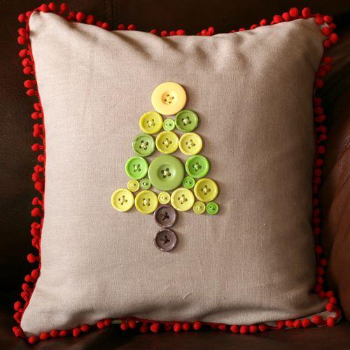 FP Ronda Christmas Tree Pillow