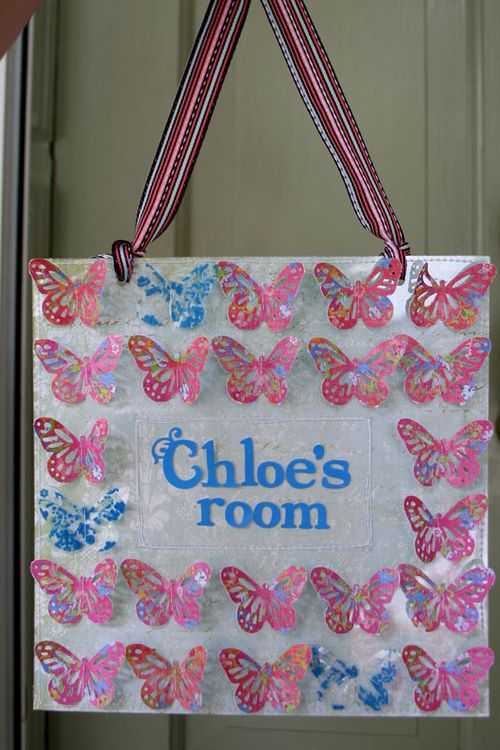 Chloe's-room1