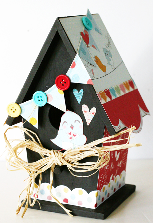 Greta Love Birds birdhouse 1