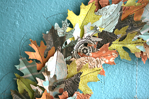 Leahf_autumn_wreath_detail1