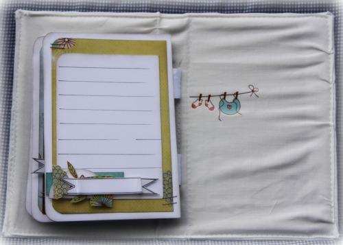 Little Bundle mini 4 -RachT June2011