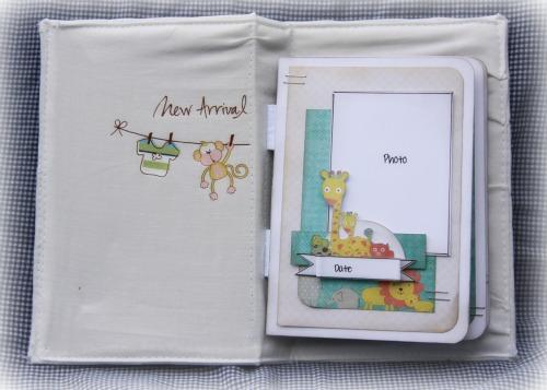 Little Bundle Mini inside1-RachT June2011